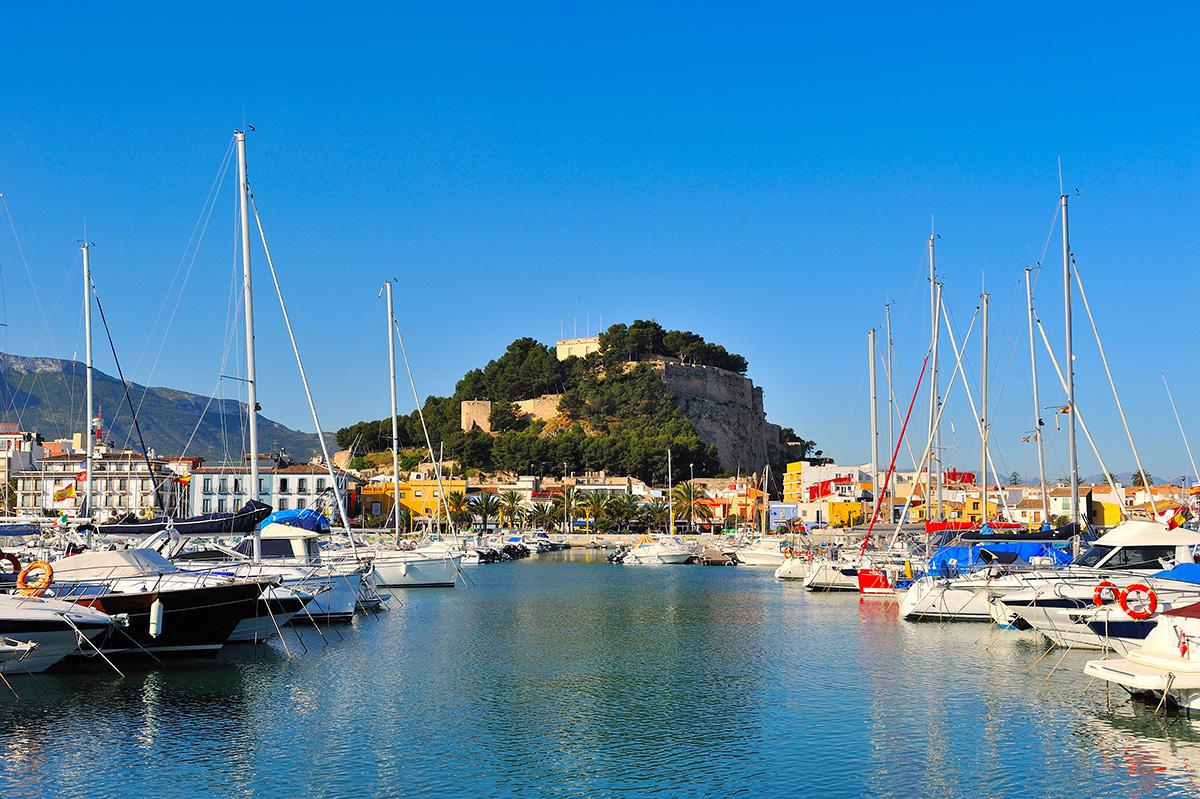 Dénia marina and castle