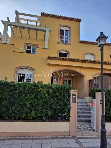 Townhouse in Javea for long term rental VMR 2838